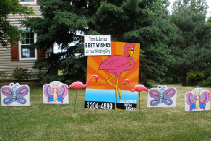 Best Wishes Flamingo Lawn Sign